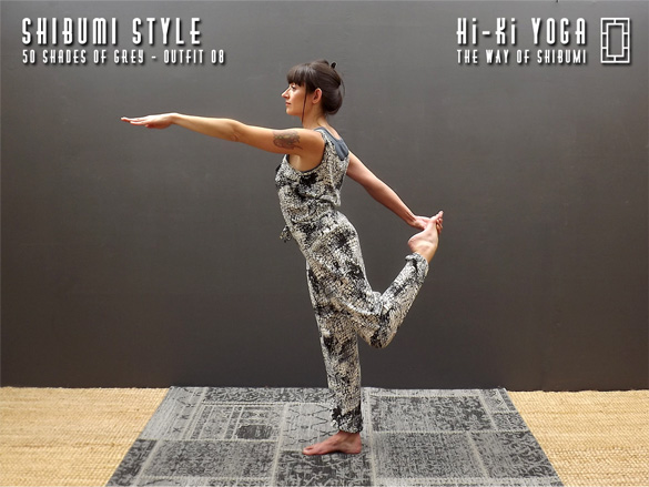 hi-ki-yoga 50-Shades-of-Grey-(shoot)-outfit-08-(final-584x390)