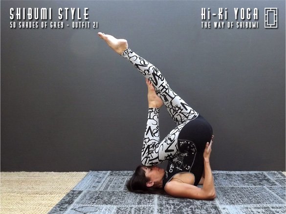 hi-ki-yoga 50-Shades-of-Grey-(shoot)-outfit-21-(final-584x390)