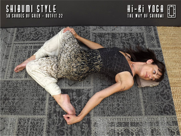 hi-ki-yoga 50-Shades-of-Grey-(shoot)-outfit-22-(final-584x390)