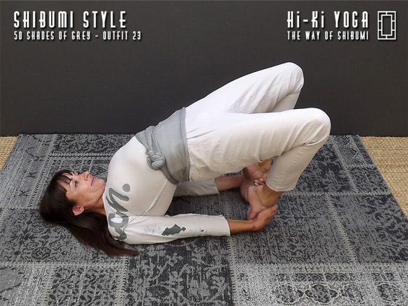 hi-ki-yoga 50-Shades-of-Grey-(shoot)-outfit-23-(final-584x390)