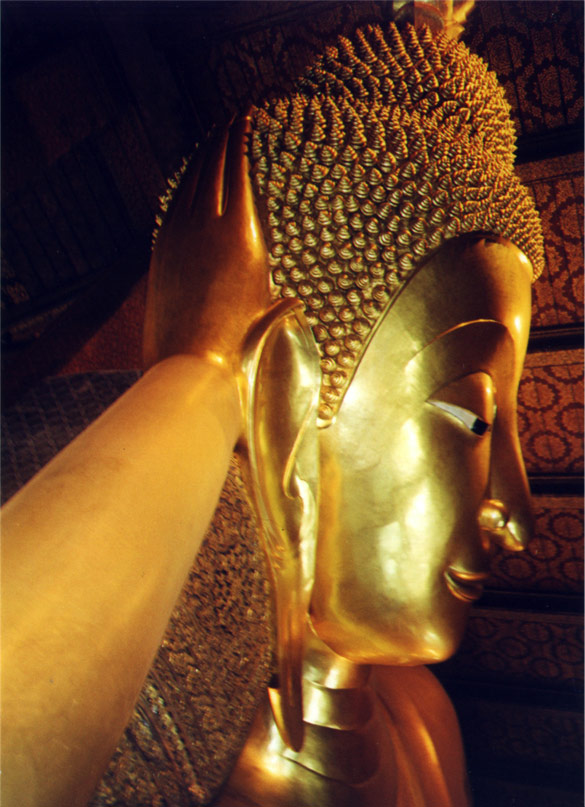 Head Massage (Reclining Buddha)